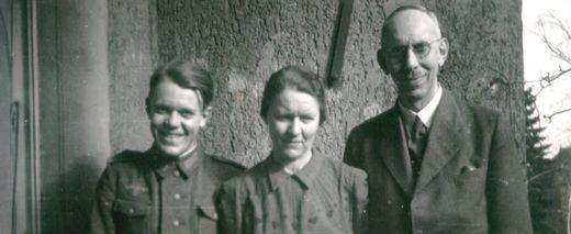 oswalt-anny-henry-hermann-dahlem-1944